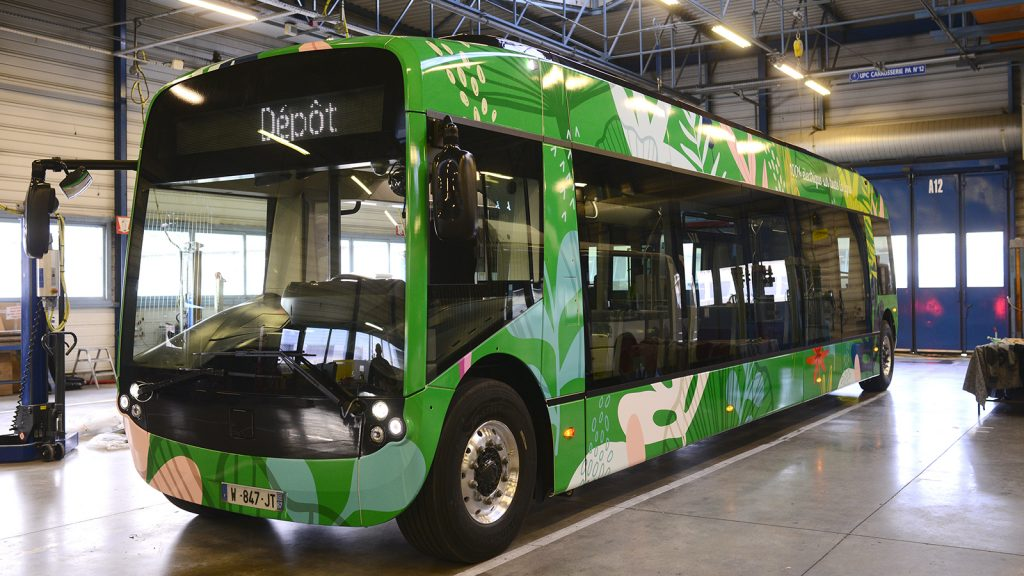 The first Aptis bus with floors made in MCG is already in circulation MCG