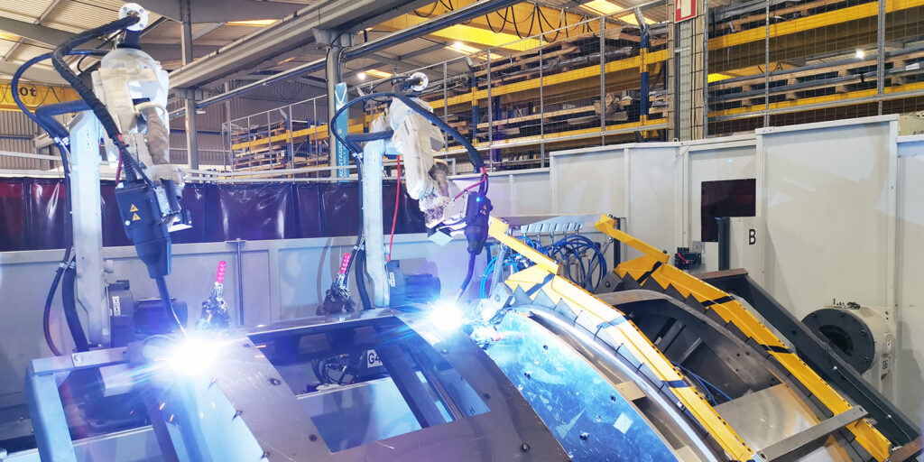 Robotic welding in waste containers manufacturing MCG