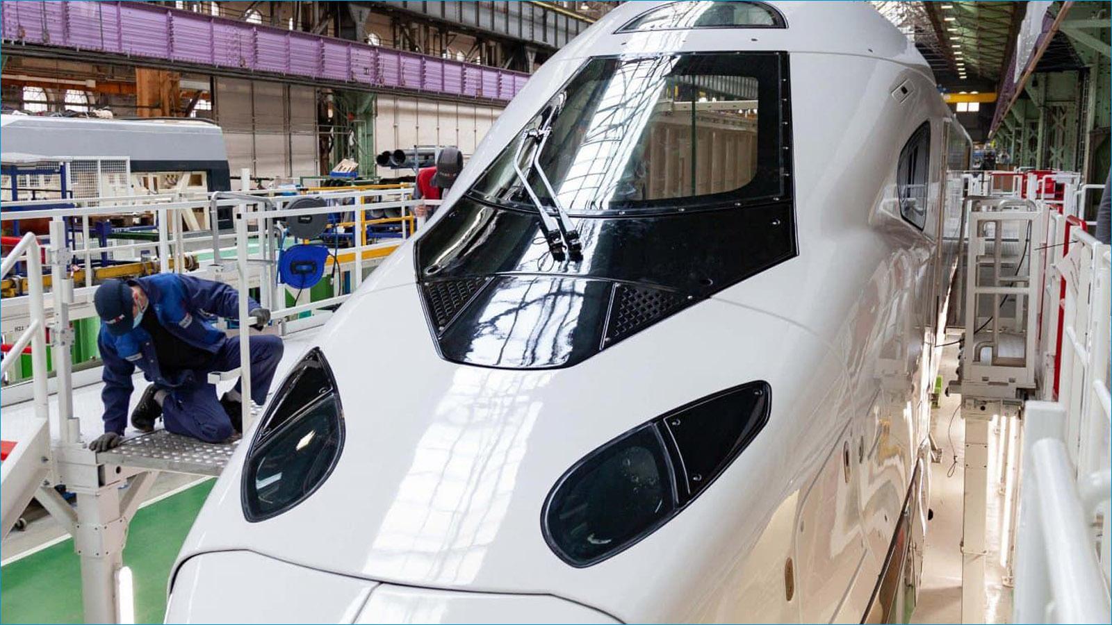 Pisomadein MCG na primeira locomotiva do TGV AlstomAveliaHorizon MCG